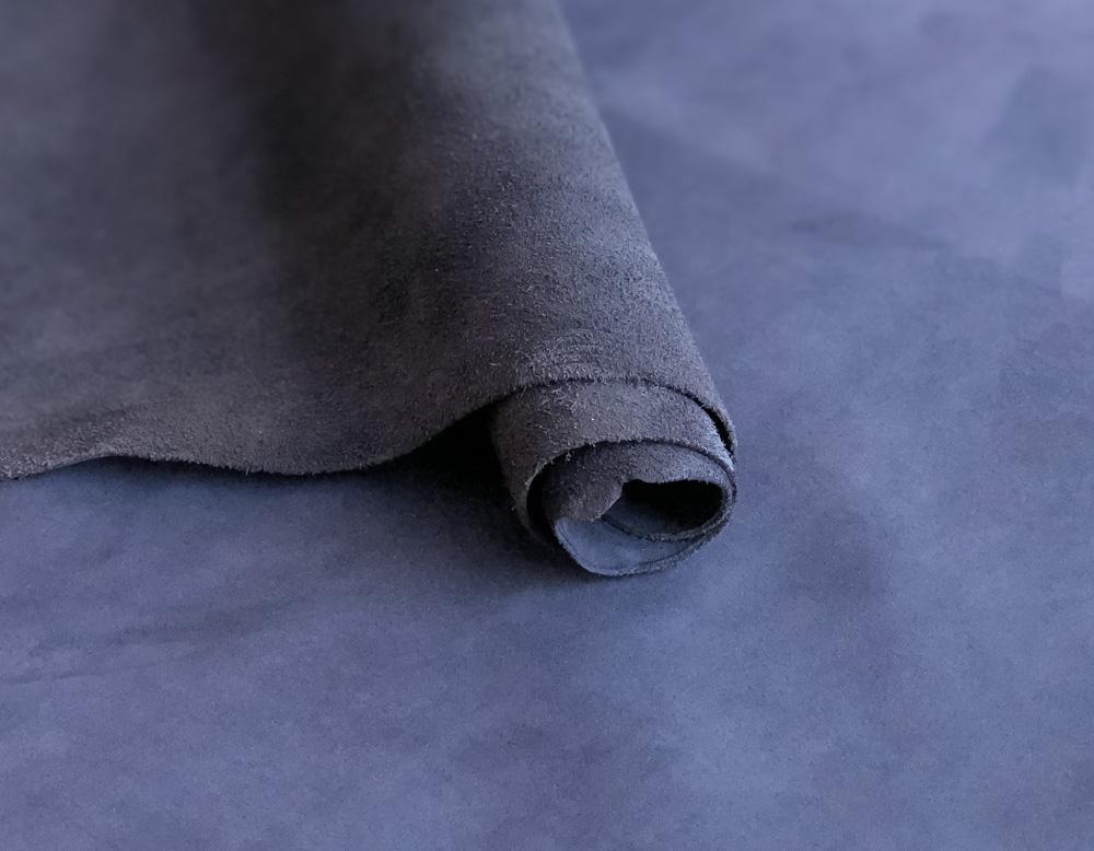 Нубук синий _ 1.3 – 1.5 мм _  (16 руб./кв.дм)