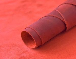 Крейзи хорс красный 1.6-1.8 мм (28 руб./кв.дм)