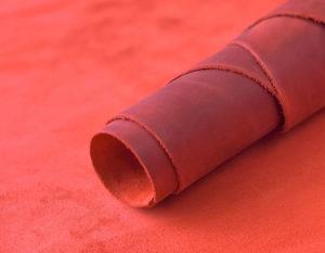Крейзи хорс красный 1.2-1.4 мм (28 руб./кв.дм)